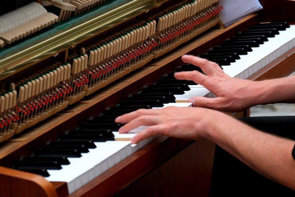 Vingerzetting op de piano: Ontdek het geheim om de perfecte vingerzetting te realiseren!